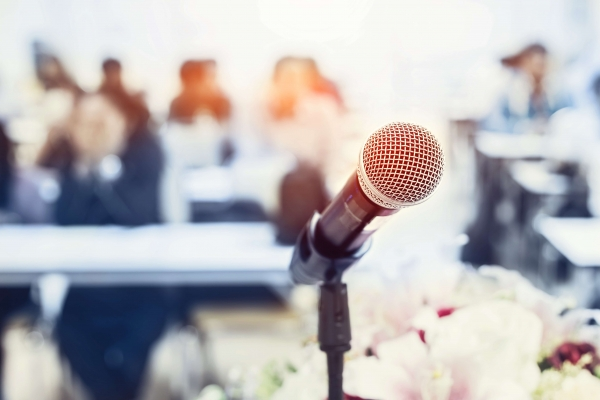 Microphone image header